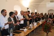 میزگرد نمایندگان نهادها در پذیرشگاه مارکار یزد