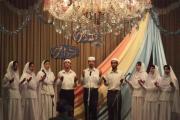 سرود گاهانی از جوانان سپید پوش زرتشتی شیراز