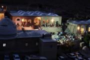 دورنمای نیایشگاه پارس بانو درشب