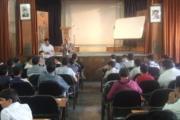 گفتگو با دانش آموزان دبیرستان فیروز بهرام در تالار این آموزشگاه