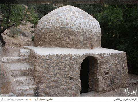 بی مهری به یادمان ساسانی «ایچِ» اِستهبان