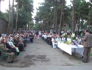 دیدار باهمکیشان ساکن مجتمع مسکونی رستم باغ تهرانپارس به هنگام برگزاری گهنبار توجی