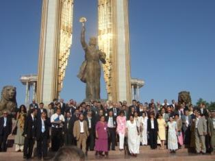 بزرگداشت پانزدهمین سال استقلال كشور تاجیكستان با شركت نماينده زرتشتيان