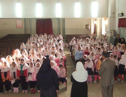 دیدار و گفتگو با مدیریت و انجمن اولیا و دانش آموزان دبستان دخترانه گیو