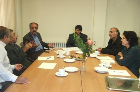 شرکت در جلسه هیات مدیره سرای سالخوردگان زرتشتی و بررسی چگونگی عملکرد این مرکز رفاهی